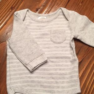Gymboree long sleeved onesie size0-3 months
